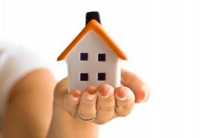 Стоит ли прибегать к услугам риелторов при операциях с недвижимостью?
