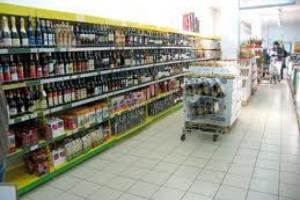 Поставщики импортных продуктов пожаловались на ретейлеров
