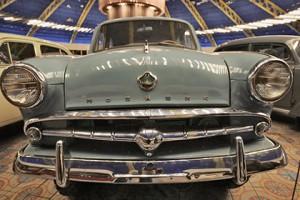 Renault заинтересовалась брендом «Москвич»
