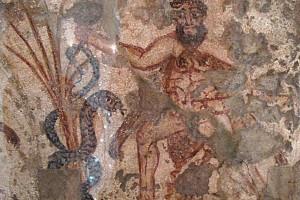 Фрагмент уникальной фрески о подвигах Геракла представили в Москве