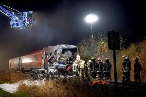 Жертвами железнодорожной аварии в Германии стали два человека