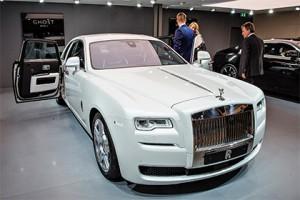 Rolls-Royce отозвал один автомобиль из-за проблемы с подушкой безопасности