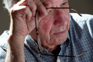 Постоянный стресс повышает риск развития болезни Альцгеймера