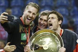 Немцы одержали победу над испанцами в финале ЧЕ по гандболу