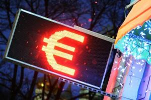 Экономисты оценили перспективы евро после терактов в Брюсселе