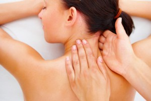 Мануальная терапия устраняет боли в позвоночнике