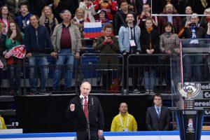 Путин: российские хоккеисты замечательно себя проявили на ЧМ
