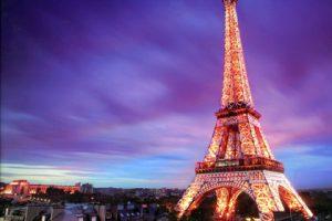 Вотум недоверия правительству Франции не прошел