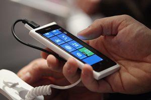 Nokia возобновит выпуск мобильников и планшетов