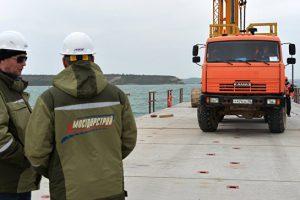 Строители начали монтаж пролетов Керченского моста