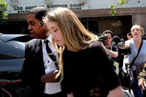 Эмбер Херд обвинила Джонни Деппа в нарушении запрета на приближение к ней