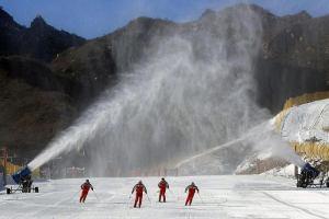 Италия: Революция в горных лыжах — искусственный снег можно делать круглый год