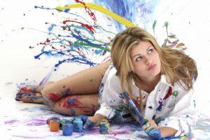 Занятие творчеством помогает справиться с депрессией
