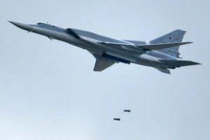 Российские бомбардировщики уничтожили лагерь ДАИШ в Сирии