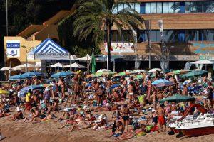 Почти 400 тысяч российских туристов посетили Испанию за полгода