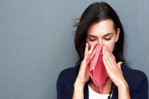 Исследователи рассказали о происхождении аллергии