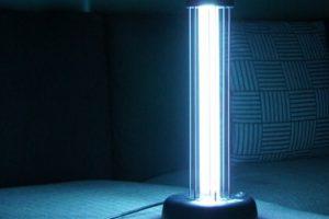 Бактерицидные лампы обеззараживают воздух и инструменты