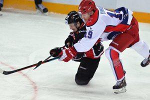 «Авангард» выиграл у ЦСКА в матче чемпионата КХЛ впервые с 2013 года