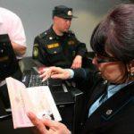 Россия: приставы в аэропортах помогут с оплатой долгов