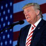 Трамп уволил сына своего советника за распространение слухов о Клинтон