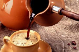 Старческое слабоумие можно вылечить с помощью кофе