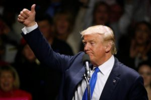 Миграционную политику Трампа поддержали почти половина американцев