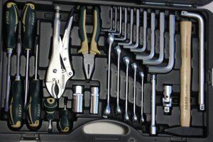 Какой инструментарий должен быть в каждом авто?