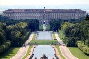 Резиденция Бурбонов в Казерте 25 лет спустя