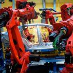 Президент России рассказал о неизбежной замене людей на заводах роботами