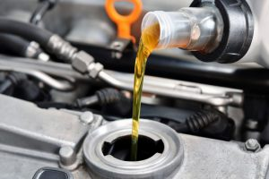 Масло для двигателя автомобиля