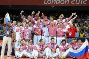 Волейболистам сборной России по силам завоевать медали ЧЕ в Польше — Молибога