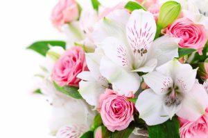 Подарки из цветов с доставкой для всех именинников