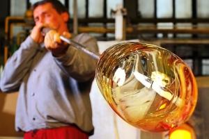 В Пензенской области проходит международный симпозиум «Художественное стекло.Творчество молодых»