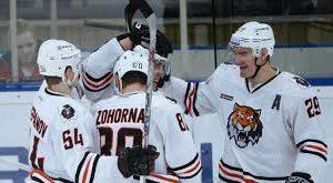 Хоккеисты Амура «Амур» победил «Спартак» в матче КХЛ