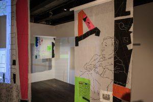 В Театральной галерее на Ордынке открылась выставка «Парад-100»
