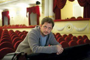 В Театре Пушкина Евгений Писарев поставил спектакль «Влюбленный Шекспир»