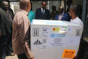 Обсуждается возможность лечения лихорадки Эбола экспериментальными препаратами