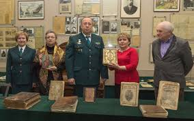 Сотрудники таможни передали Историческому музею культурные ценности