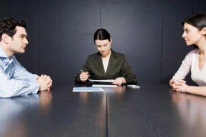 Как выписать и выселить из квартиры супруга после развода?