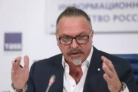 Юрий Грымов представил в театре «Модерн» премьеру спектакля «Ничего, что я не Чехов?»