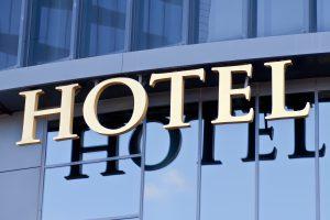 Исследование: какие правила отеля туристы нарушают чаще всего