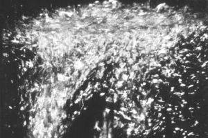 Оптический резонатор выявил квантовые движения в жидкости