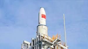 Китай впервые запустил ракету-носитель с морской платформы