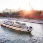 Флотилия «Рэдиссон Ройал» пригласила туристов на спецрейс