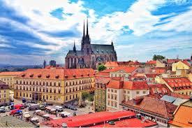 Почти 280 тысяч туристов из России посетили Чехию в первом полугодии