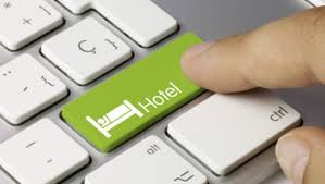 На выбор путешественников при бронировании отеля больше всего влияют цены и отзывы гостей