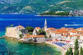 Черногория зафиксировала рост турпотока на 7.1%, русские туристы на втором месте