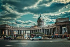 Более 14 тыс. иностранных туристов посетили Питер по электронной визе