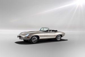 Jaguar передумал превращать старые спорткары E-type в электромобили