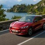 Ford представил электрический кроссовер Mustang Mach-E